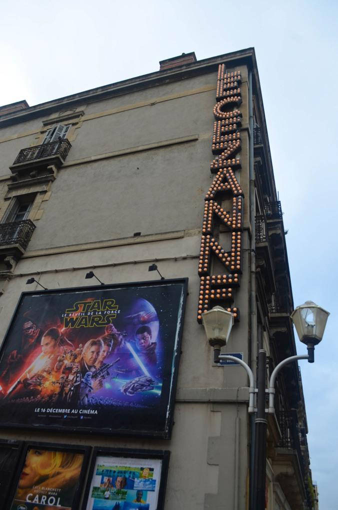 El cine de la ciudad - City's movie theather